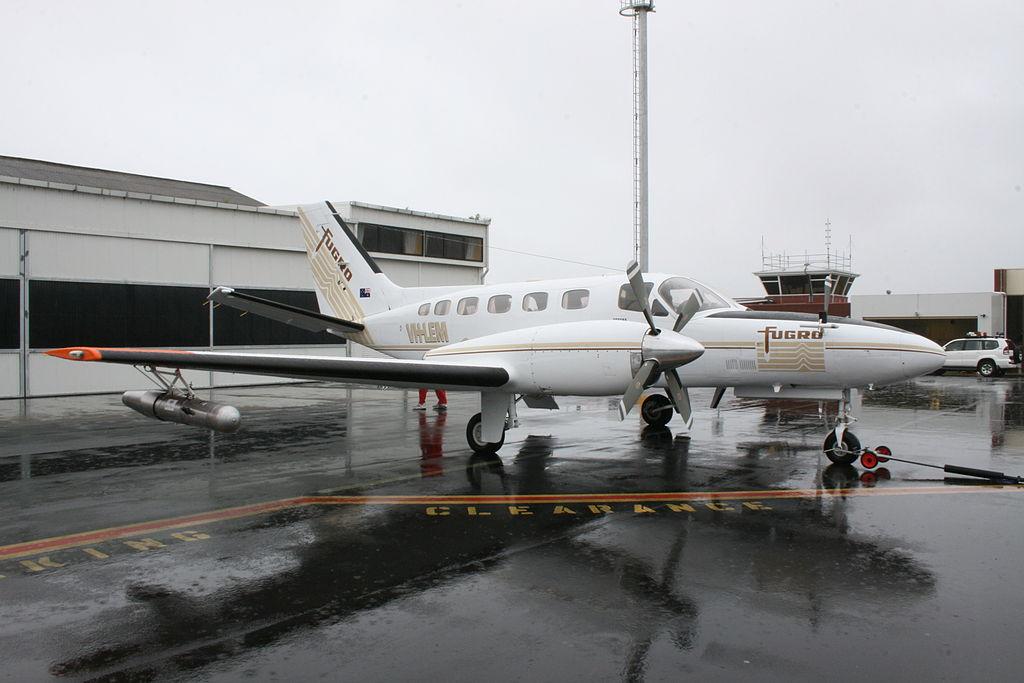 配置人工降雨装置的Cessna 411 Conquest II飞机.JPG