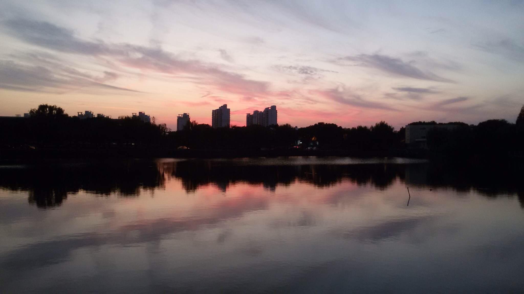 秋日的思源湖边,2014年秋