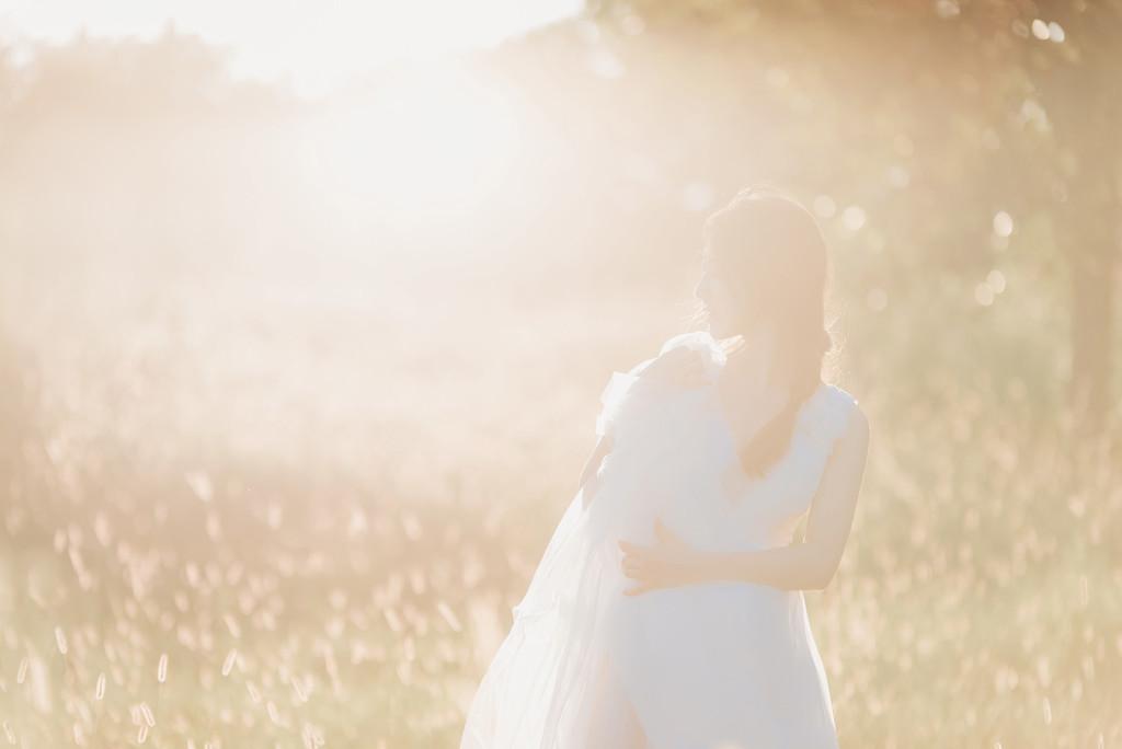 阳光也拥抱着你