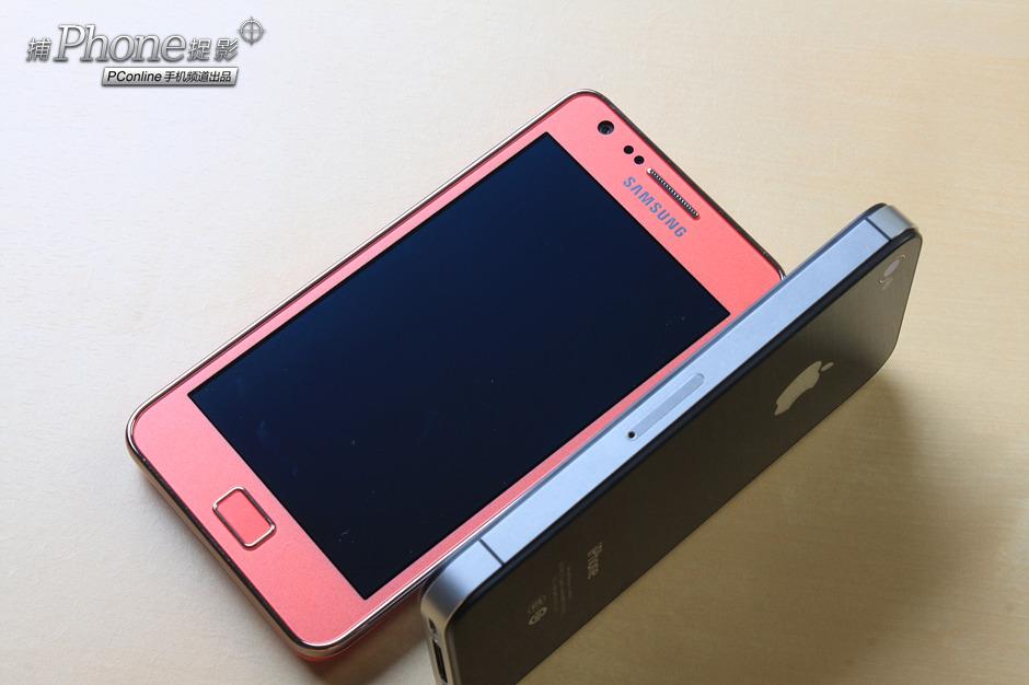 手机回忆录:谁更有设计?三星I9100/iPhone 4S对比图赏