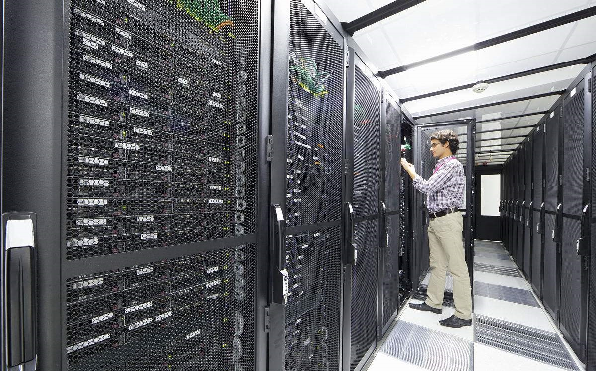 ciscos compelling vision for the data center includes ucs - 1214×748