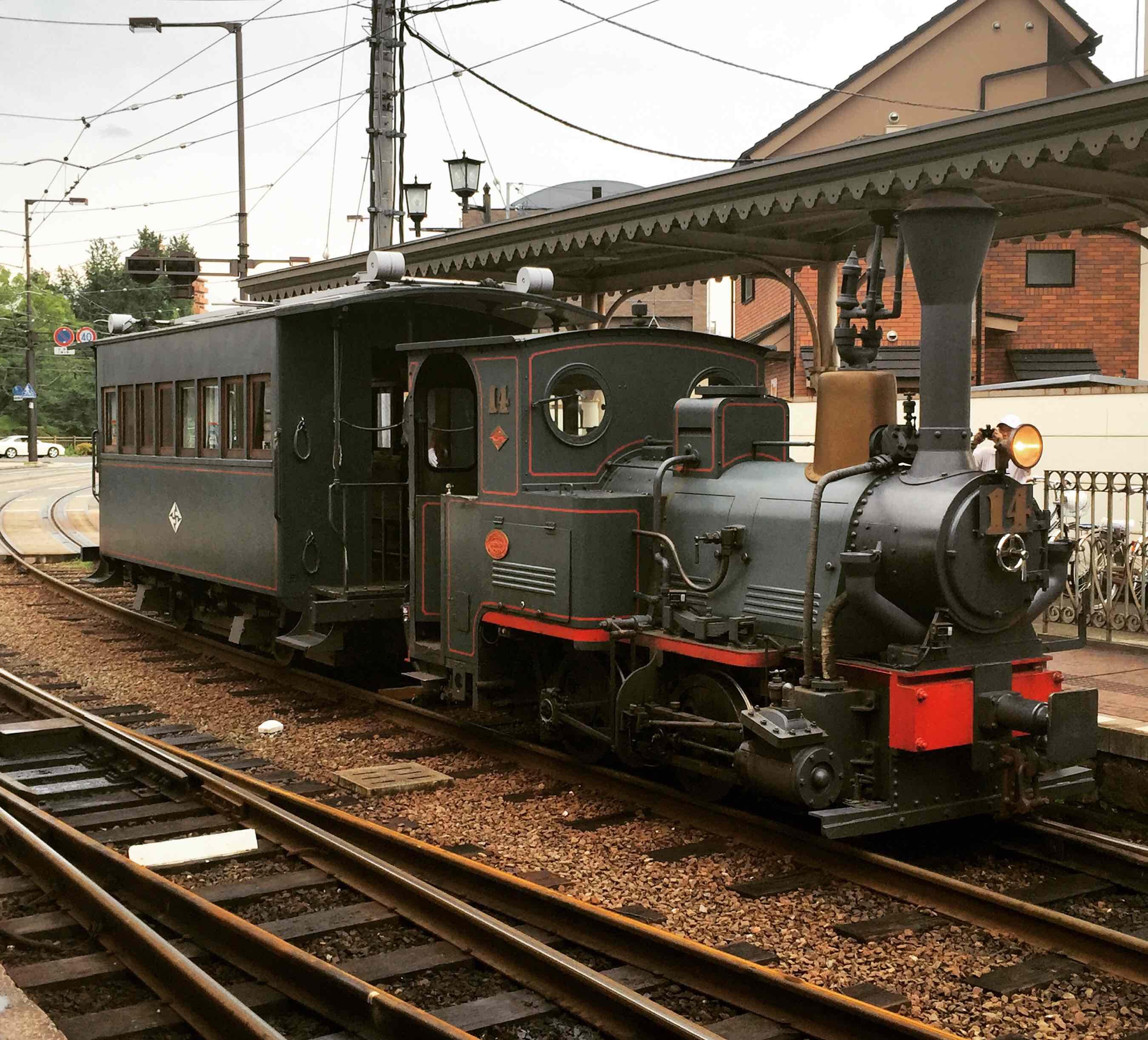 夏目漱石笔下少爷乘坐的列车