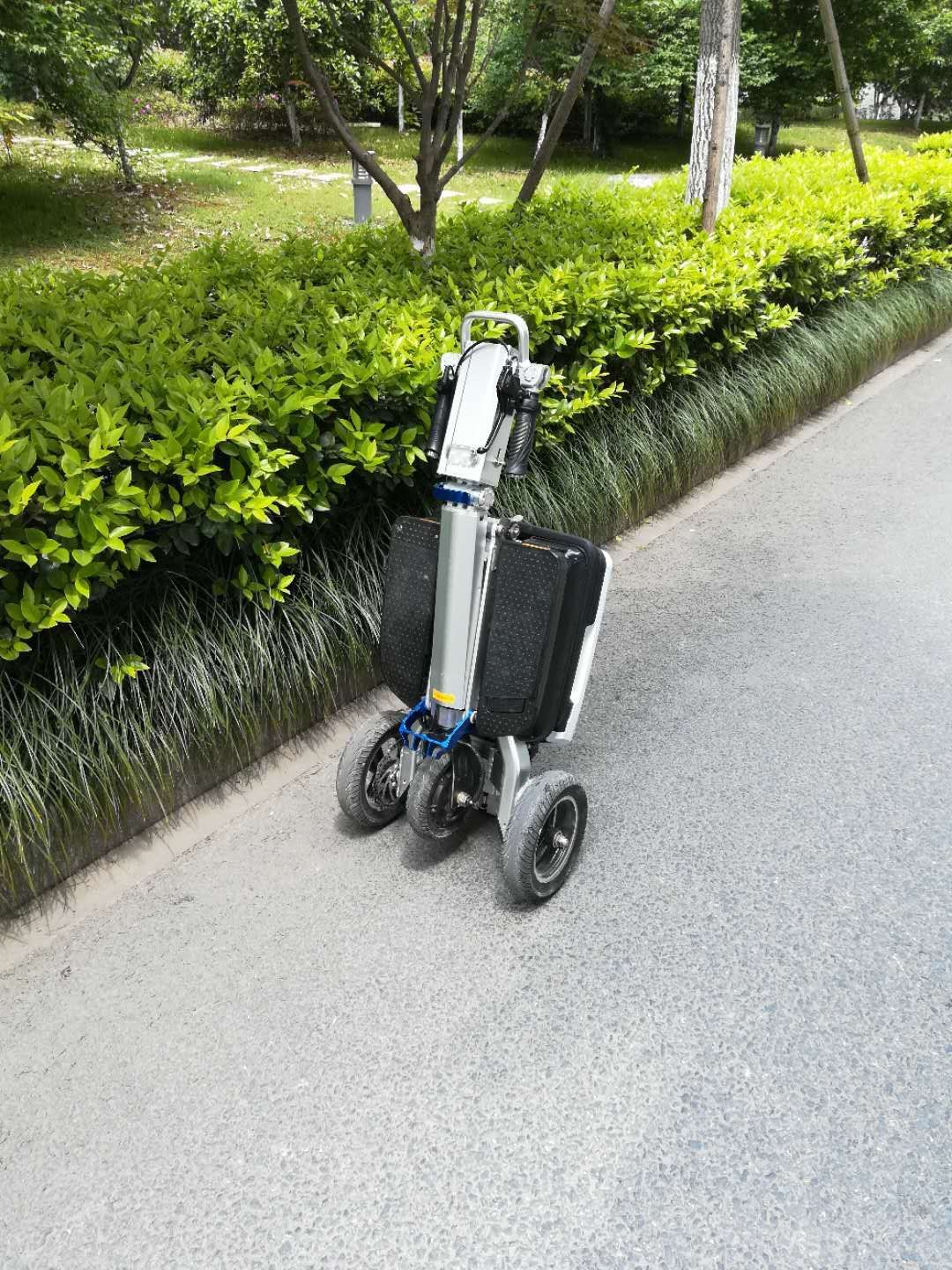 3 Wheel Electric Folding Mobility Scooter Compact Portable