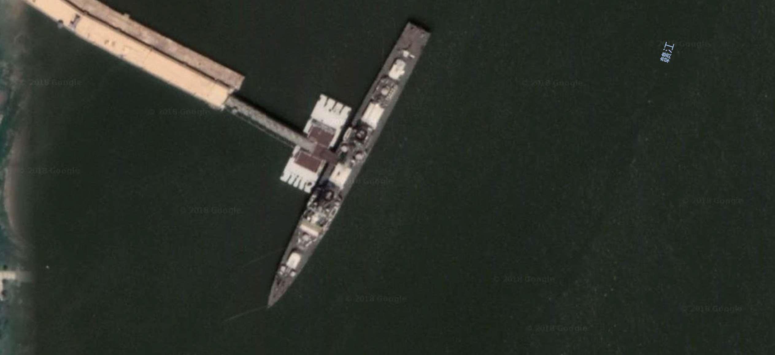 051D导弹驱逐舰-163-南昌-南昌市长江路口附近-1.jpg