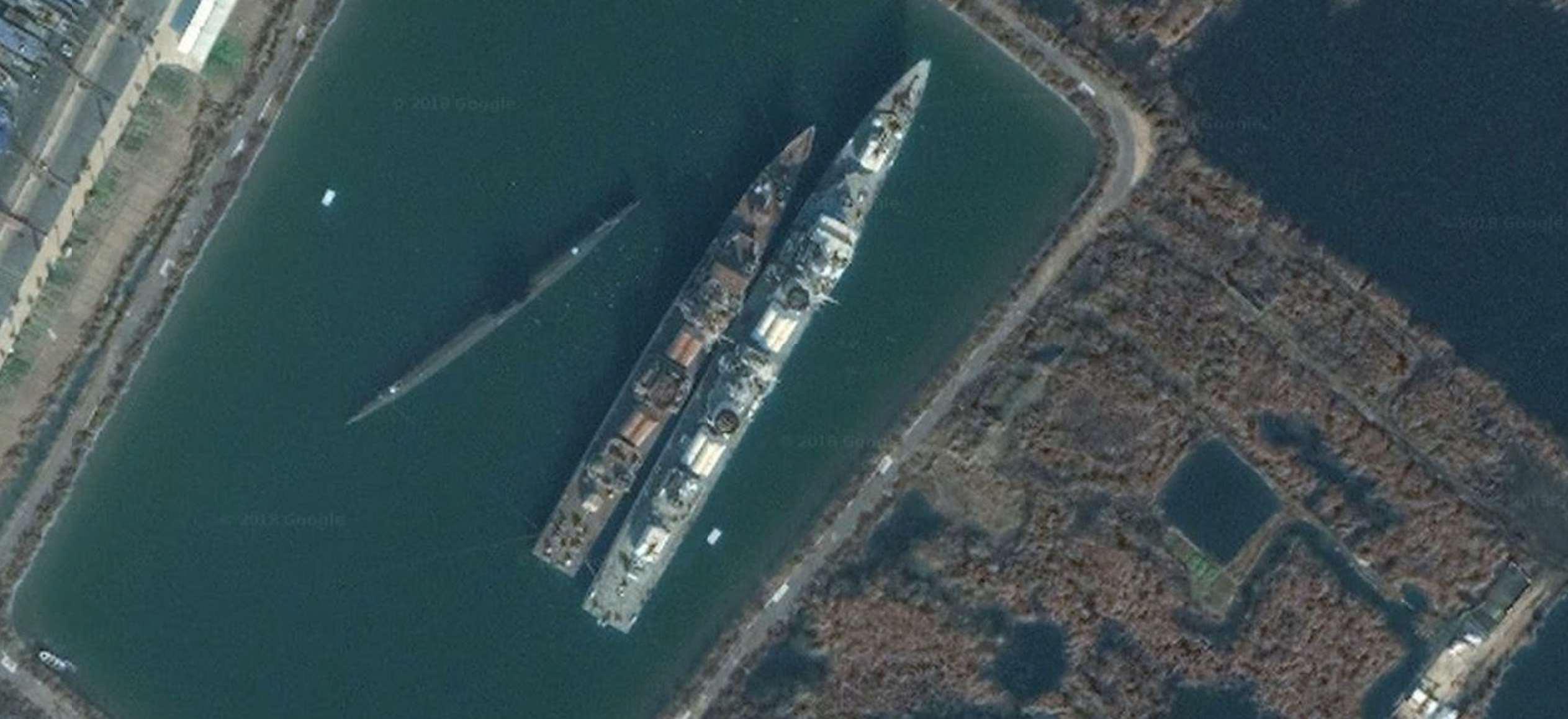 6633潜艇-274-泰州海军主题公园(泰州大桥临江路附近)-1.jpg