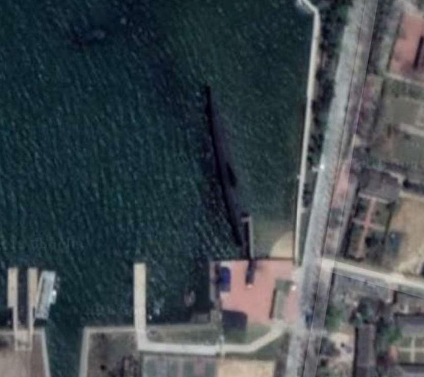 6633潜艇-279-威海市刘公岛景区威海军威展览馆-1.jpg