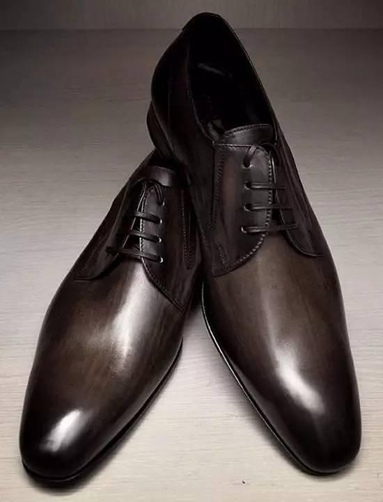 平头德比鞋