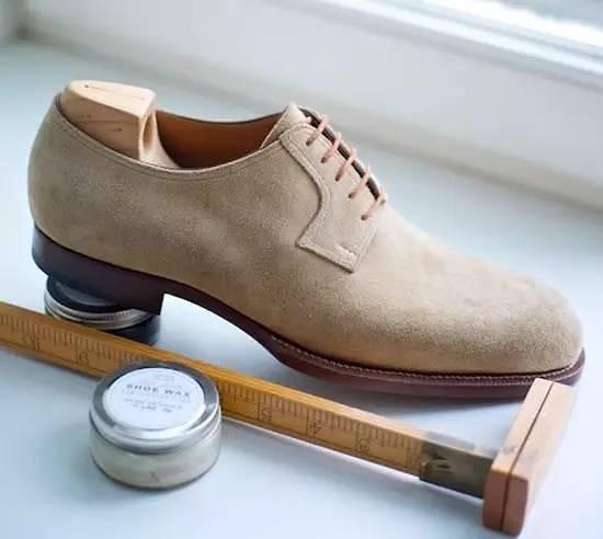 布鲁彻尔鞋