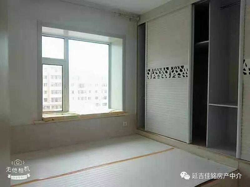 开发区小市场七楼的五楼,114.5平,37万,三室一厅,简单装修