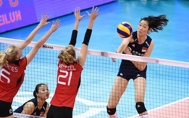 排球——东京奥运会女排资格赛:中国对阵德国