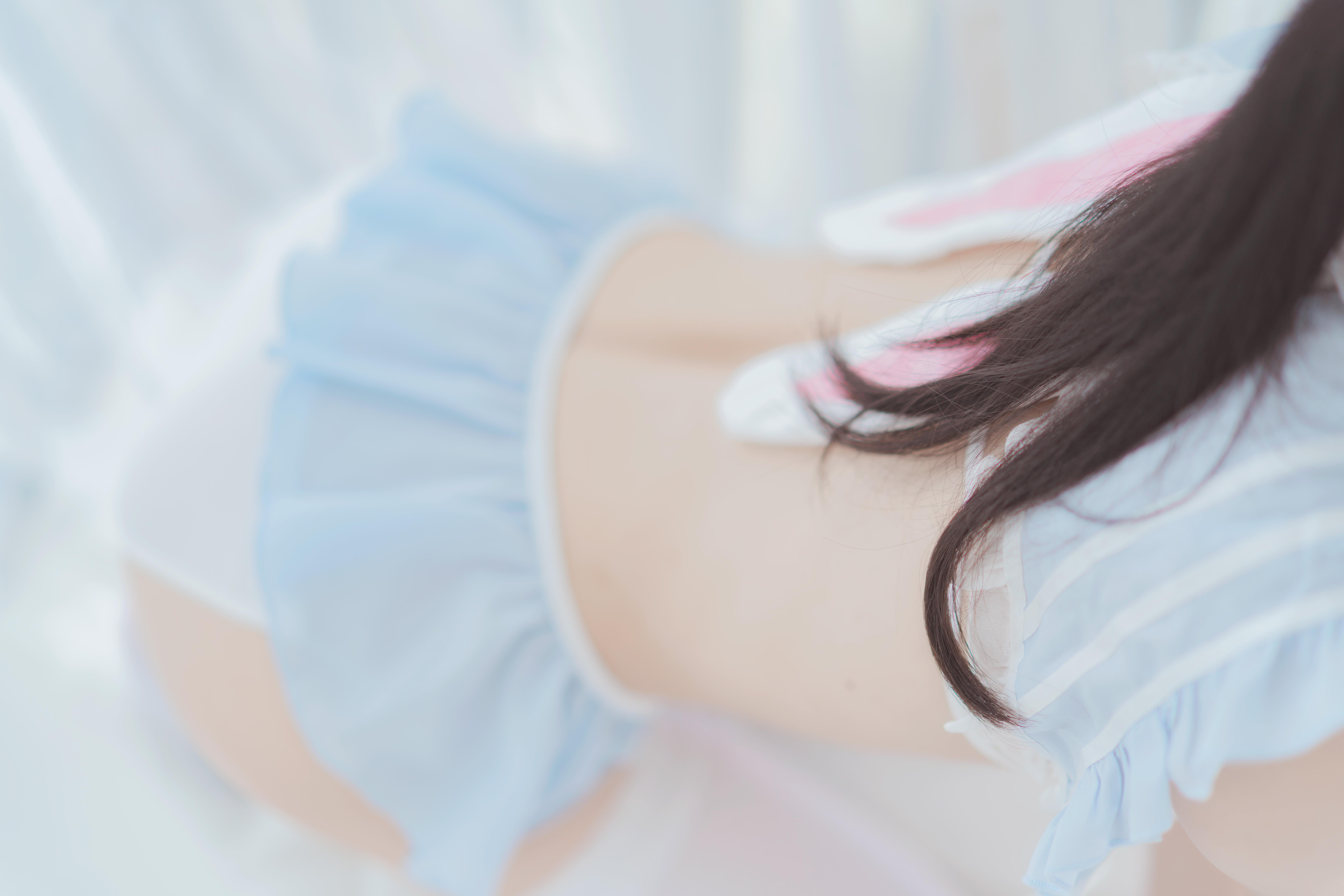 桜桃喵 – 爱丽丝的兔子(特写)