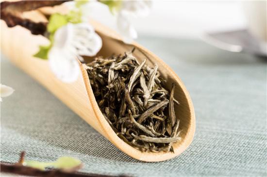 立春后喝茉莉花茶,提阳气,疏肝明目
